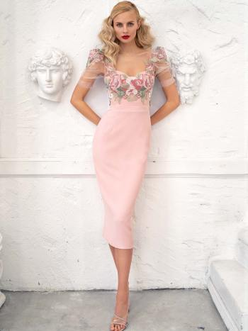 Fitted cocktail dress with puff sleeves