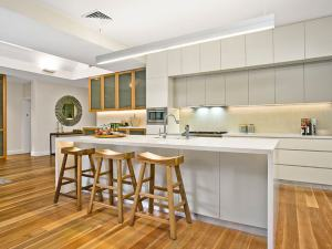 papillon-styling-renovations-australia-property-makeover-artarmon-two-kitchen