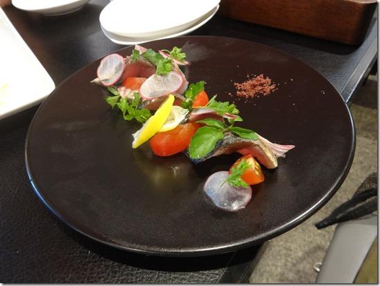 神奈川県藤沢市のペット同伴可のバースタイルのレストランバッカスの炙り〆鯖