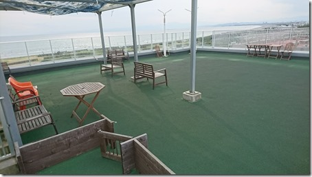 ドッグデプト湘南江の島店のドッグラン海側