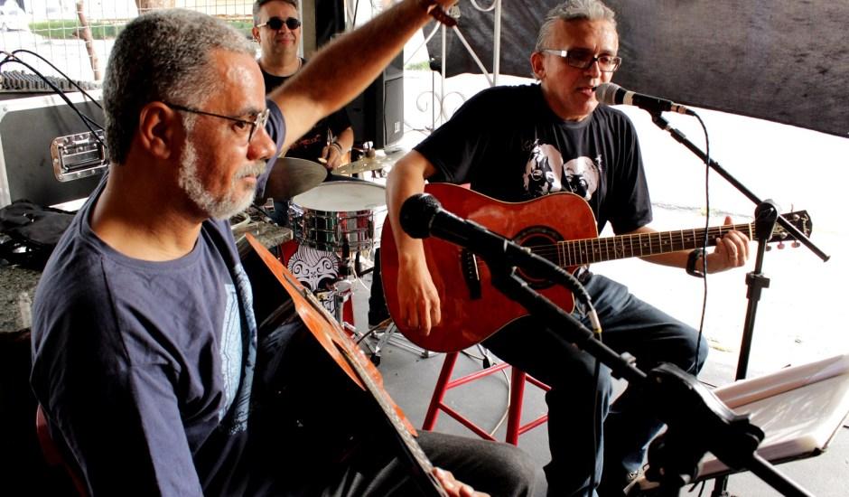 Trio Rock no Bar 54