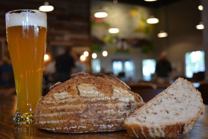 cerveja e pães