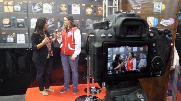 Christa Meola em entrevista com Ana Cariane