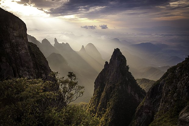 """O amanhecer do Hercules"" – 1. Lugar WLE 2014 - Carlos Perez Couto – Wikimedia Commons – CC-BY-AS"