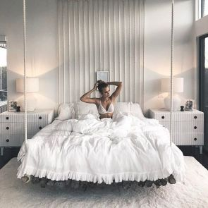 Cool Floating Bed Design Ideas 7