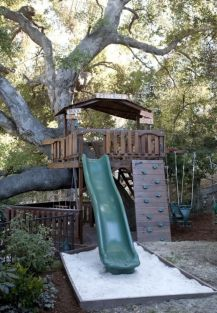 Simple Diy Treehouse For Kids Play 20