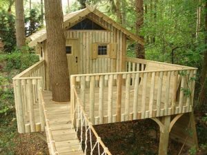 Simple Diy Treehouse For Kids Play 38