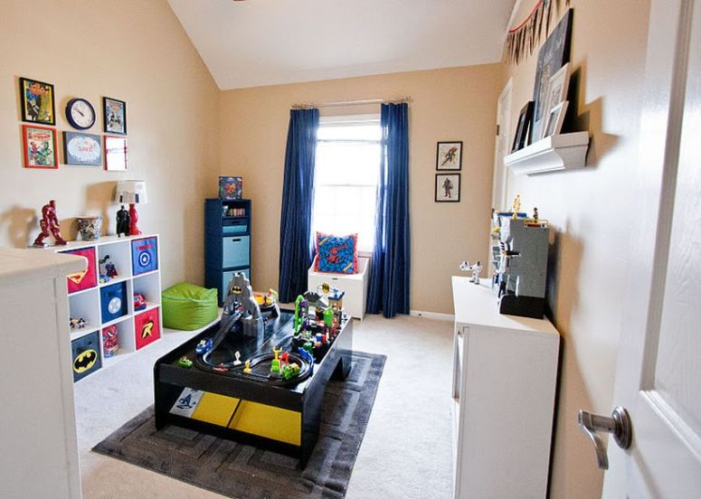 Awesome Superhero Themed Room Design Ideas 42