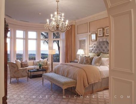 Romantic Dream Master Bedroom Design Ideas 16
