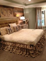 Romantic Dream Master Bedroom Design Ideas 58