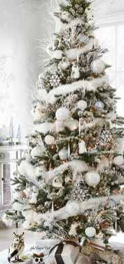 Gorgeous Chirstmas Tree Decorations Ideas 2019 1