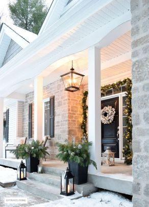 Amazing Christmas Porch Ornament And Decorations 11