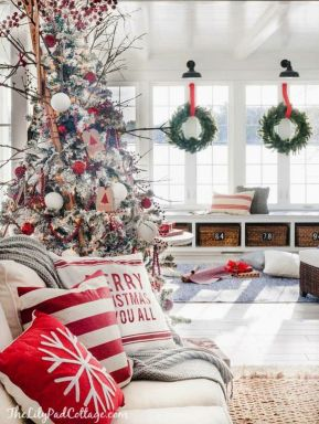 Creative Fake Snow Ideas For Chirstmas Decorations 29