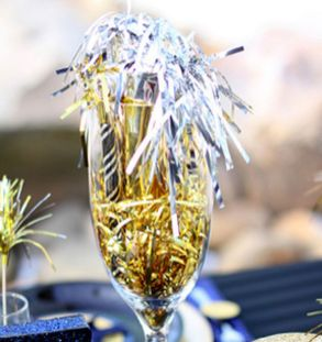 Cheap New Year Eve Decorations Ideas 43