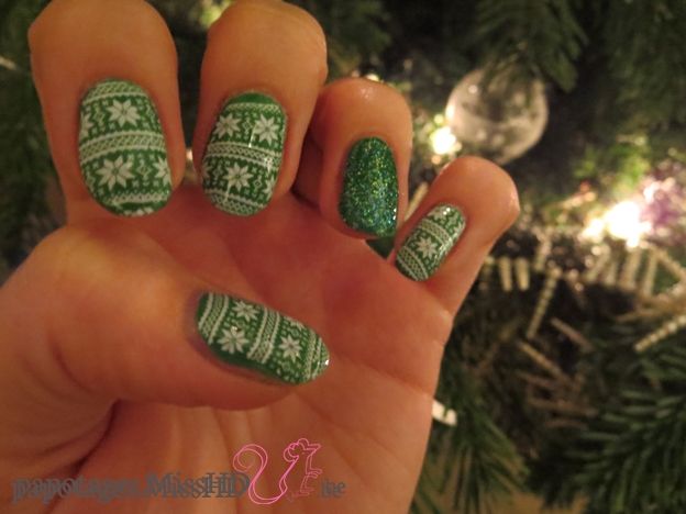 Nail art un peu de travers.