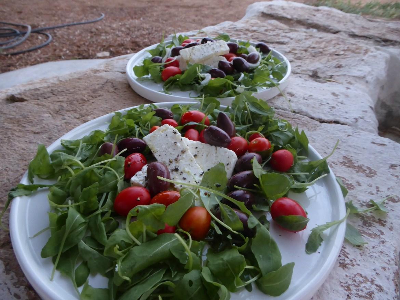 Gresk salat med egne grønnsaker