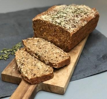 Hevefritt grovbrød med surdeigspulver og quinoa