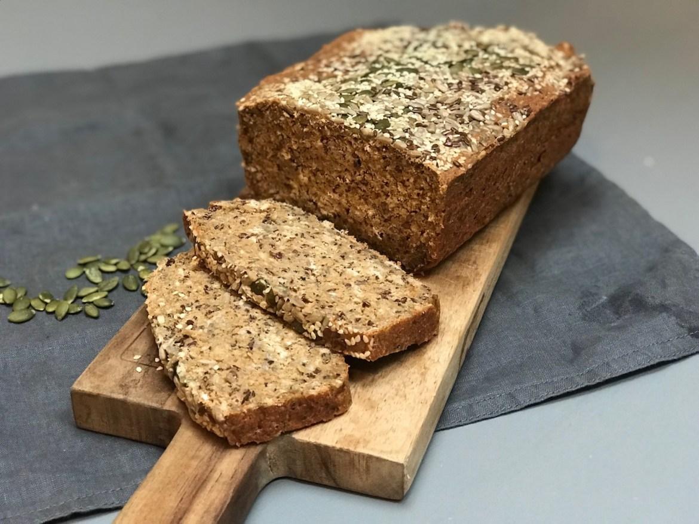 Grovbrød med surdeigspulver og quinoa