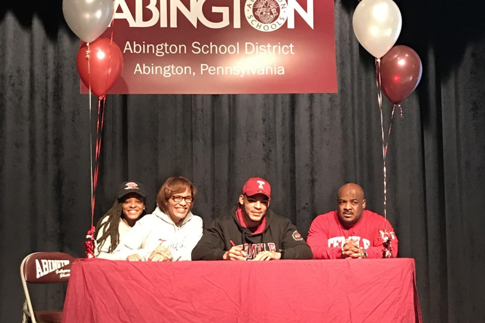 Abington's George Reid signs letter of intent to play at Temple