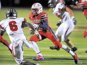 Gene Walsh ó Digital First Media Plymouth Whitemarshís Dontae Wilson runs for a touchdown during game against Hatboro Horsham October 14, 2016.