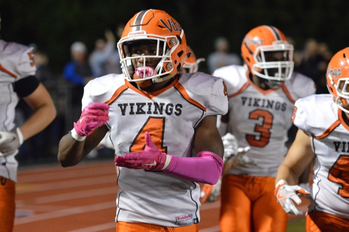 Defense shines as Perk Valley topples Spring-Ford 28-16
