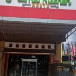 Mama Kitchen Resto yang beralamat di Jalan Cenderawasih, Remu, Kota Sorong. PbP/EKA