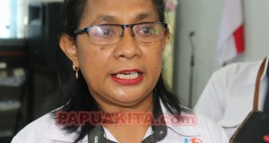 Kepala BPS Provinsi Papua Barat, Maritje Pattiwaellapia