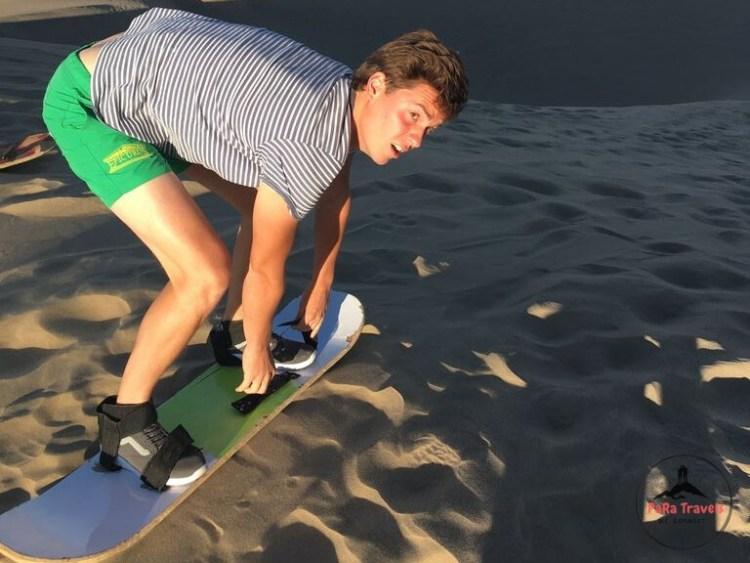 Huacachina sand boarding
