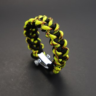 Reverse Venom Shark Jaw Paracord