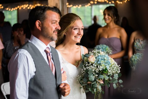 paradis photography maine wedding photographer destination wedding father daughter barn bride ceremony