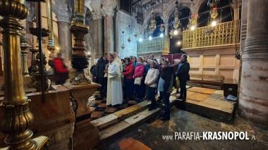2020.01.24 W Bazylice Grobu Pańskiego - chwila przed rozpoczęciem Eucharystii, czekamy na wejście do Grobu Jezusa