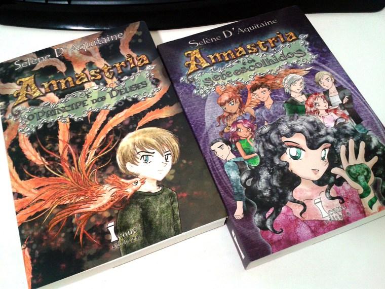 livros O Príncipe dos Deuses e Os Sete Escolhidos da série Annástria - Selène d'Aquitaine