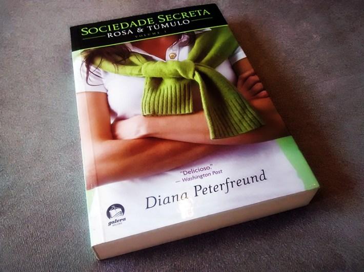 Rosa e Tumulo - Diana Peterfreund