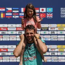 Paragliding_Albania_9th_FAI_young_girl