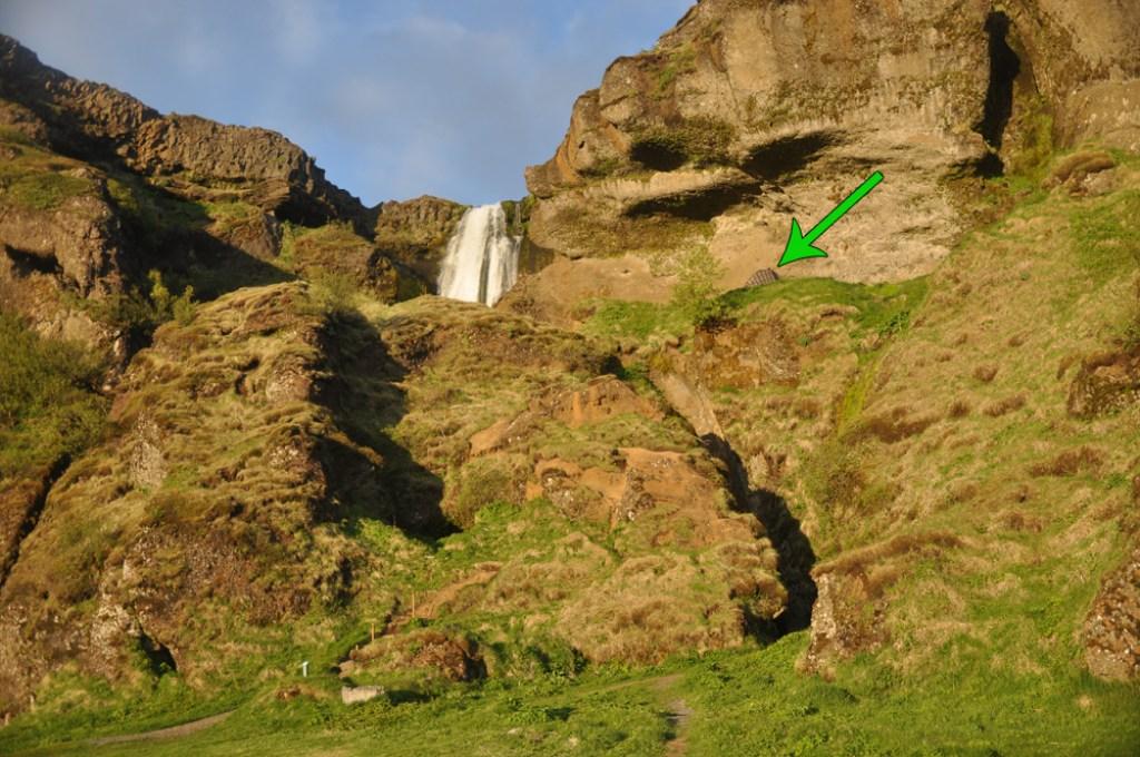 przy wodospadzie