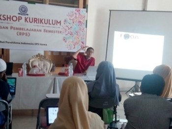 Workshop Kurikulum Berbasis KKNI Institut Parahikma Indonesia