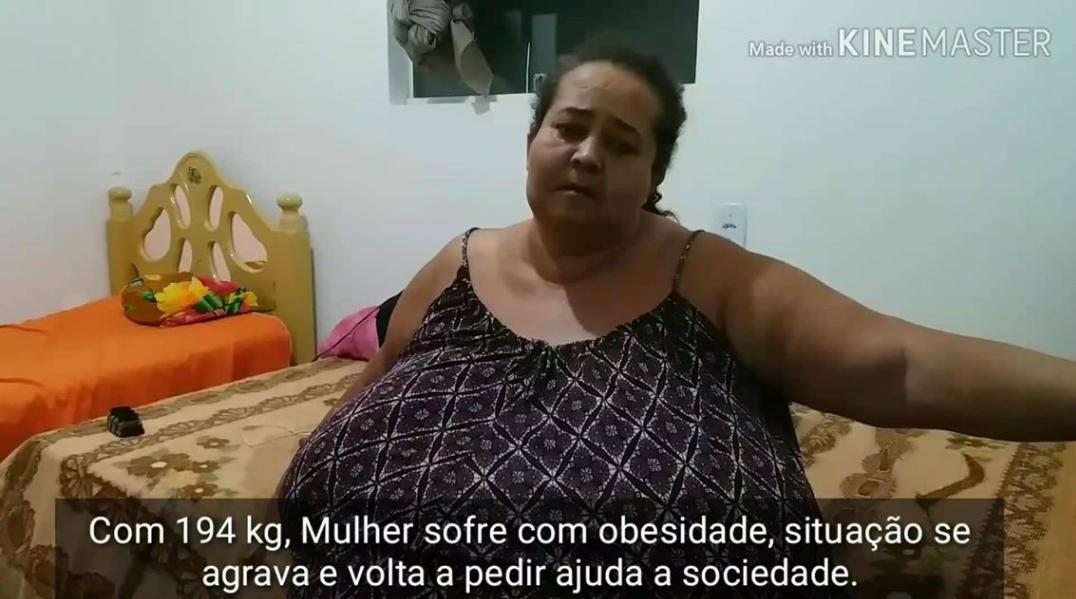 Obesidade: Com 194 Kg, mulher volta a pedir ajudar aos monteirenses