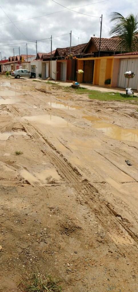 Moradores denunciam descaso da PMCG com o bairro Novo Cruzeiro