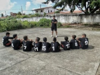 Projeto social busca atender crianças carentes através do esporte