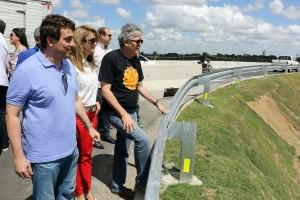 Governador inspeciona Viaduto do Geisel e projeta entregar obra até o fim de setembro
