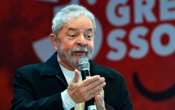 Defesa de Lula recorre ao TRF1 para reaver passaporte do ex-presidente