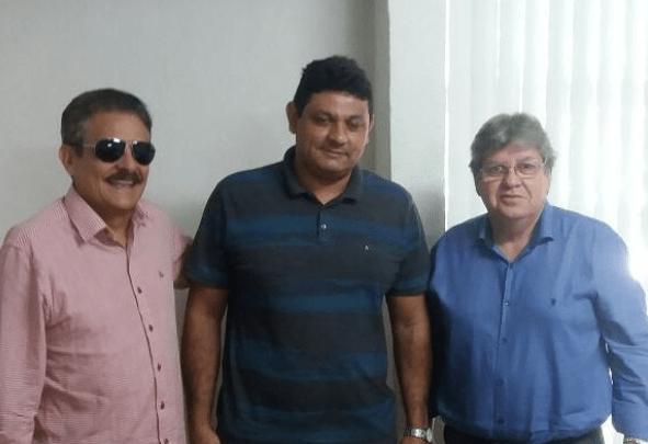 Prefeito do partido de Cartaxo se reúne com João Azevêdo e levanta rumores