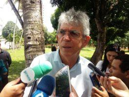 """Ricardo Coutinho manda recado para adversários: """"estão morrendo de medo"""""""