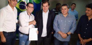 Pré-candidato a deputado estadual, Leo Micena se filia ao Democratas