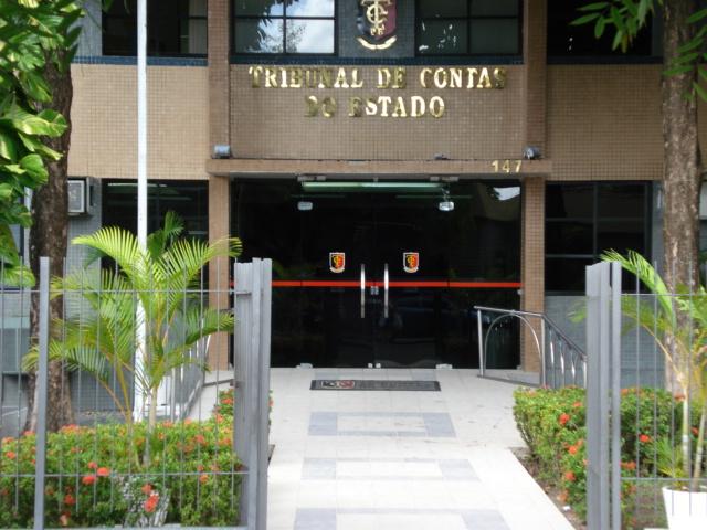 TCE-PB alerta nove prefeituras paraibanas para regularizar gastos públicos