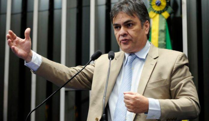 """Em rede nacional: apresentador da Band acusa Cássio de praticar """"populismo barato""""; veja vídeo"""
