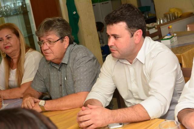 Ao lado de João, Aledson Moura fortalece pré-candidatura à ALPB no Sertão paraibano