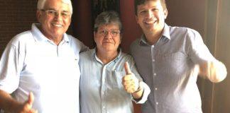 Durante evento no Sertão, vice-prefeito tucano anuncia apoio à pré-candidatura de João