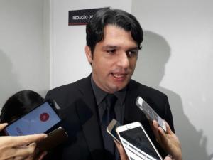 """Socialista rebate críticas de Cartaxo a Ricardo com ironia: """"ninguém aguenta mais é tanta lentidão"""""""