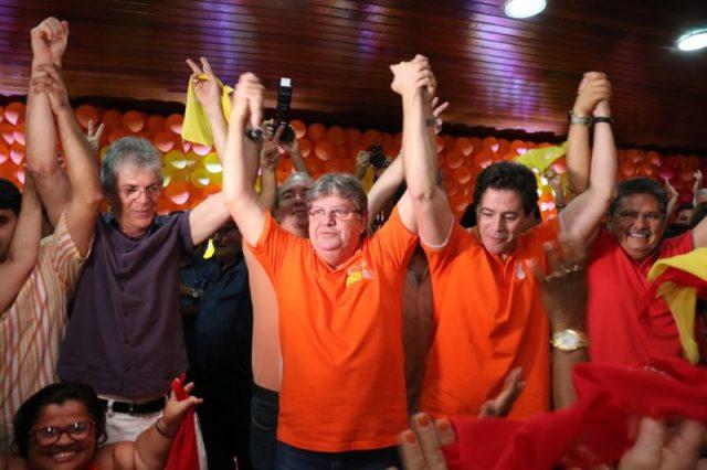 """João em CG: """"nosso novo jeito de fazer gestão enterrou a velha forma de fazer política na PB"""""""